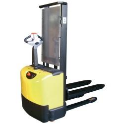 Apilador Semielectrico a 2.500 mm