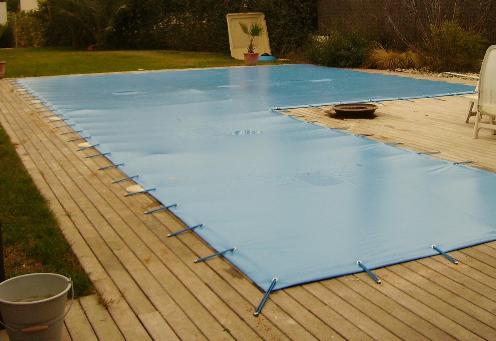 Mantenimiento de la piscina en oto o invierno maquituls for Piscinas de sal mantenimiento